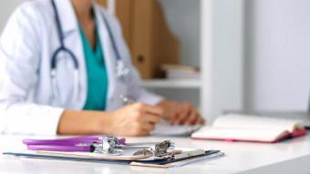 Як оплачується лікарняний, якщо працівнику встановлено інвалідність