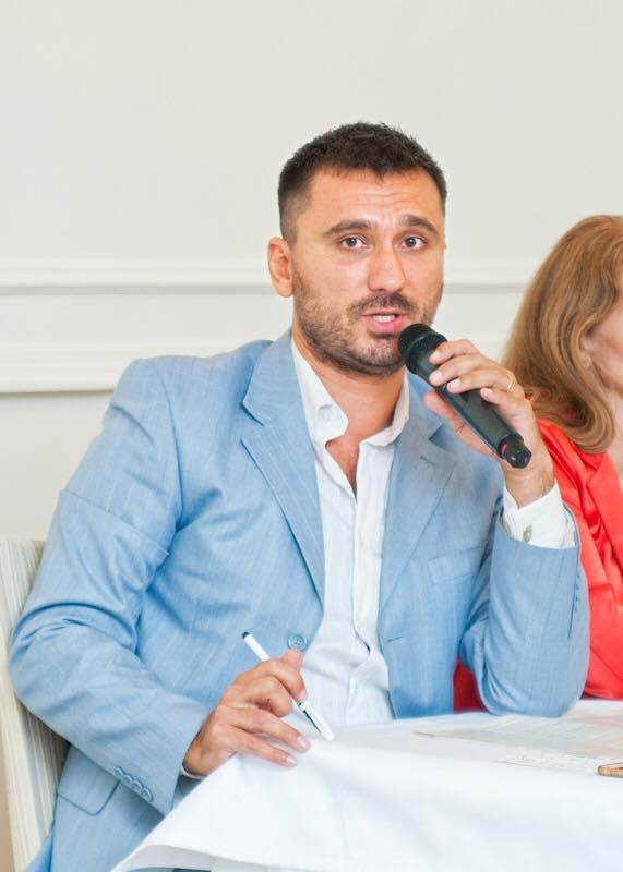 Лектор Тимур Алієв